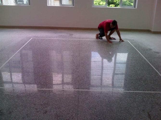 固化剂地坪的优点主要有什么?